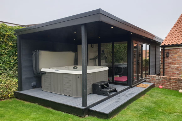 Relaxing Garden Room Hot Tub Retreat Staffordshire